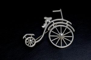 CYCLE Brooch
