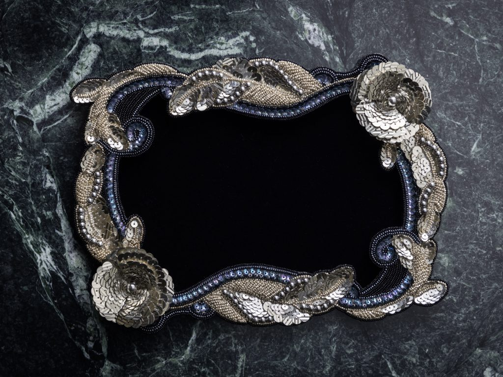 Antique style frame Antique style frame Solo Exhibition 3D Embroidery by JCAT artist Etsuko Narita